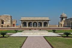 Lahore-Fort-6-1024x768-DIWAN-E-KHAS