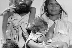 sikh-family-artition-1947q